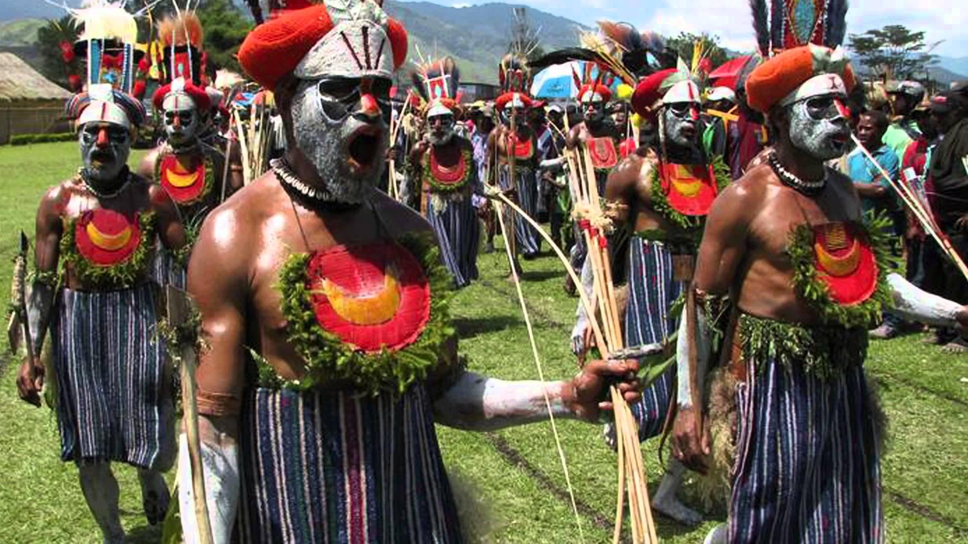 Carl and Carol Luther – Papau New Guinea