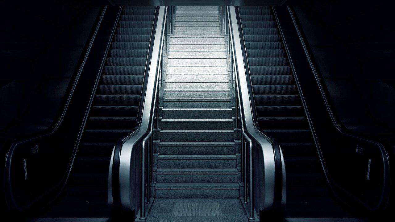 escalator-769790_1280
