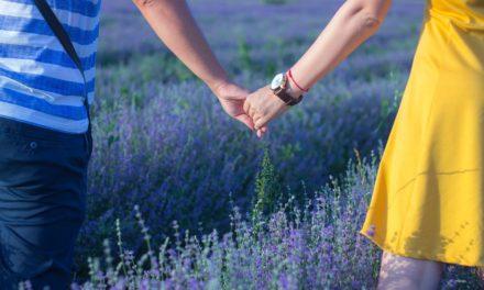 데이트 관계에서 너무 멀리는 얼마나 먼가요?