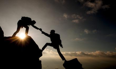 自殺について考えている友達を助ける方法(学生)