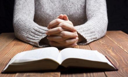 主の祈りを祈りのパターンとして使用する