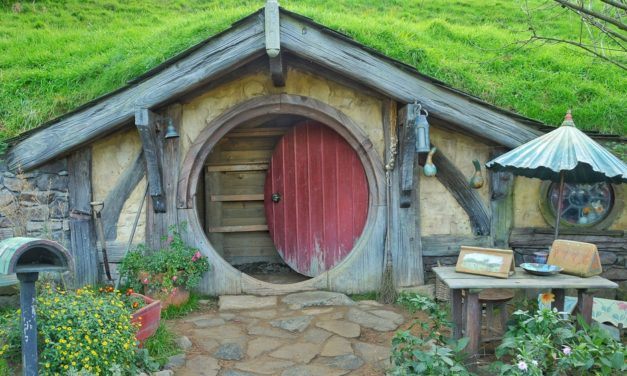 Should Christians Read Fantasy Fiction?